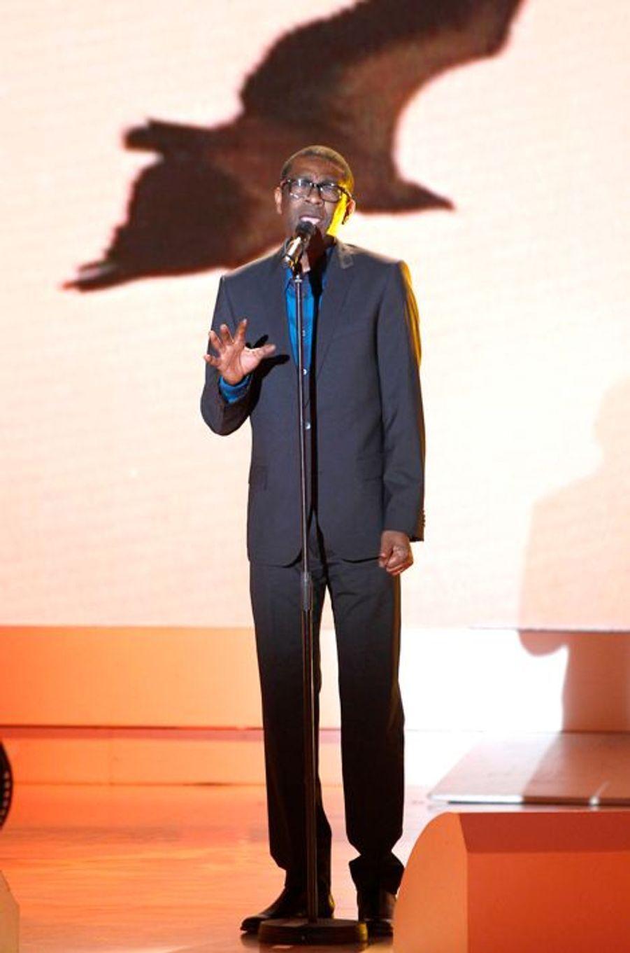 Youssou N'Dour lors de l'enregistrement de «Vivement Dimanche» Omar Sy à Paris, le 1er octobre 2014