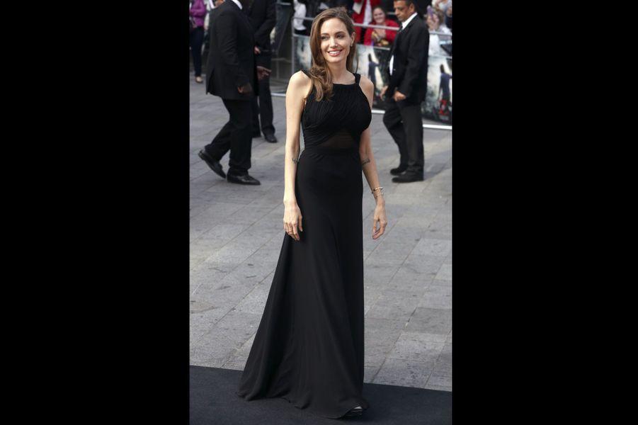 Angelina Jolie radieuse après l'épreuve