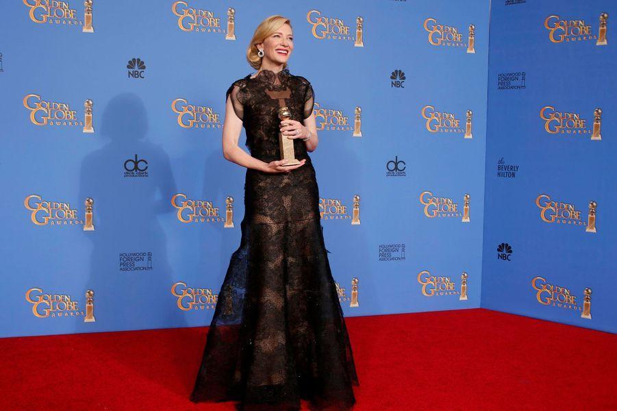 Cate Blanchett, en Armani