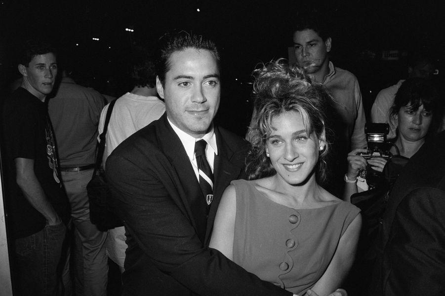 Fin d'idylle chaotique avec Sarah Jessica Parker, dont il se sépare en 1991