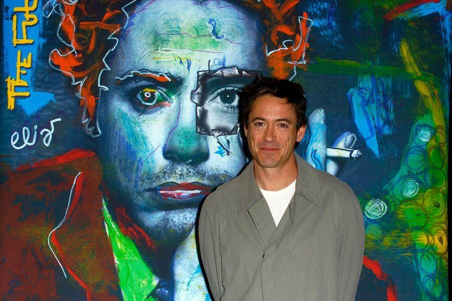 """Robert Downey Jr. se lance dans la musique avec son album """"The Futurist"""" en 2004"""