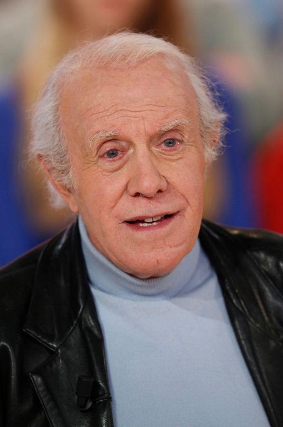 Jacques Balutin lors de l'enregistrement de Vivement Dimanche Victor Lanoux, le 12 novembre 2014