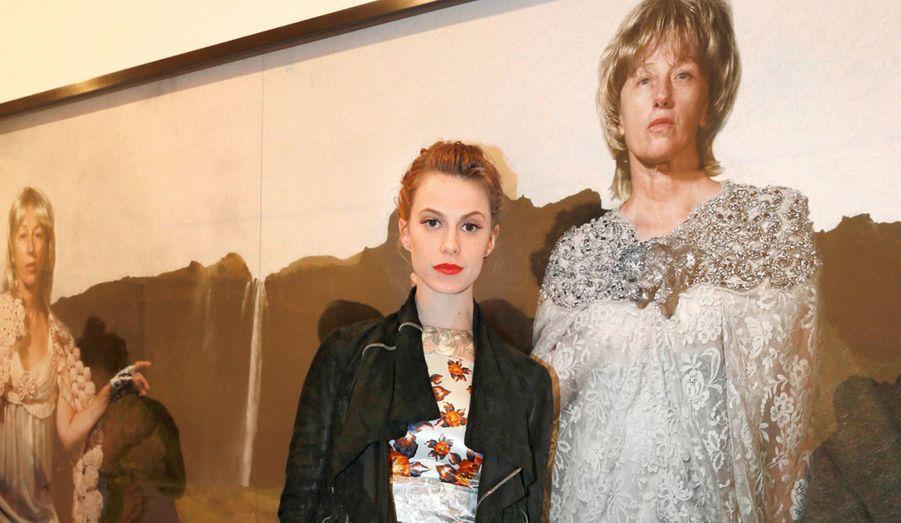 Top model (elle est le visage de Lancôme), Elettra Wiedemann habite New York mais adore venir à Paris.