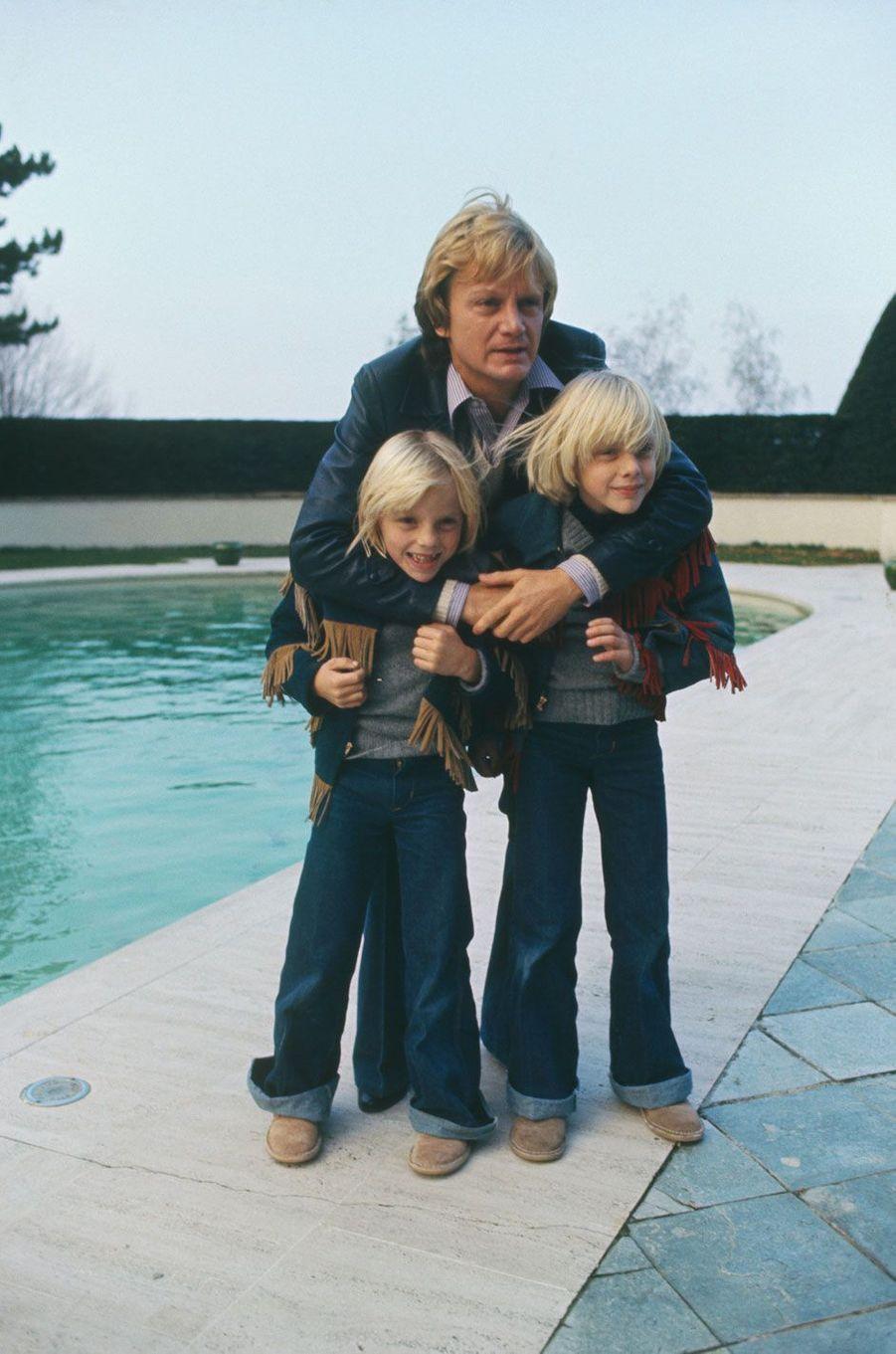 Claude François et ses fils en 1976