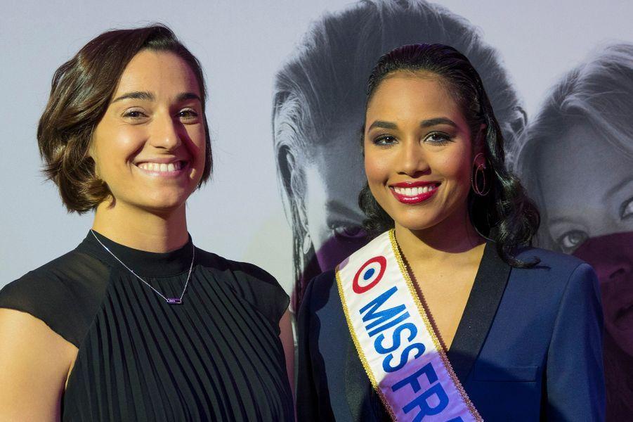 """Clémence Botino et Caroline Garciaassistent à la soirée de gala du nouveau tournoi de tennis WTA l'""""Open 6ème Sens"""" à Lyon, le 7 mars 2020."""