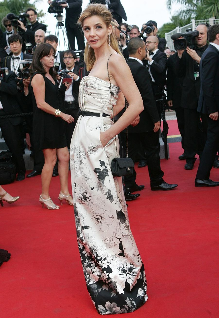 Clotilde Courau au Festival de Cannes le 17 mai 2012.