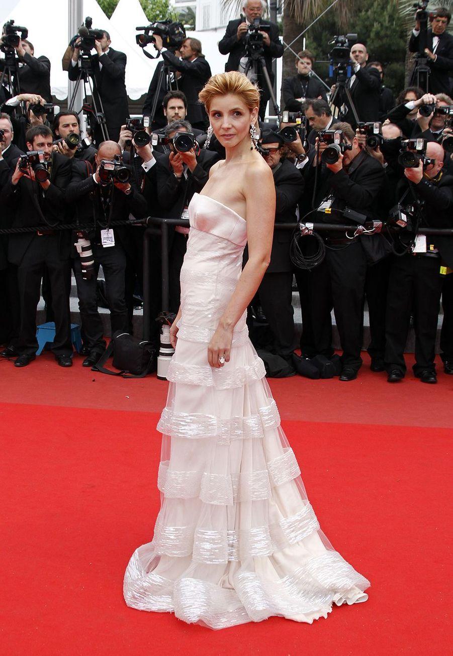 Clotilde Courau au Festival de Cannes le 15 mai 2010.