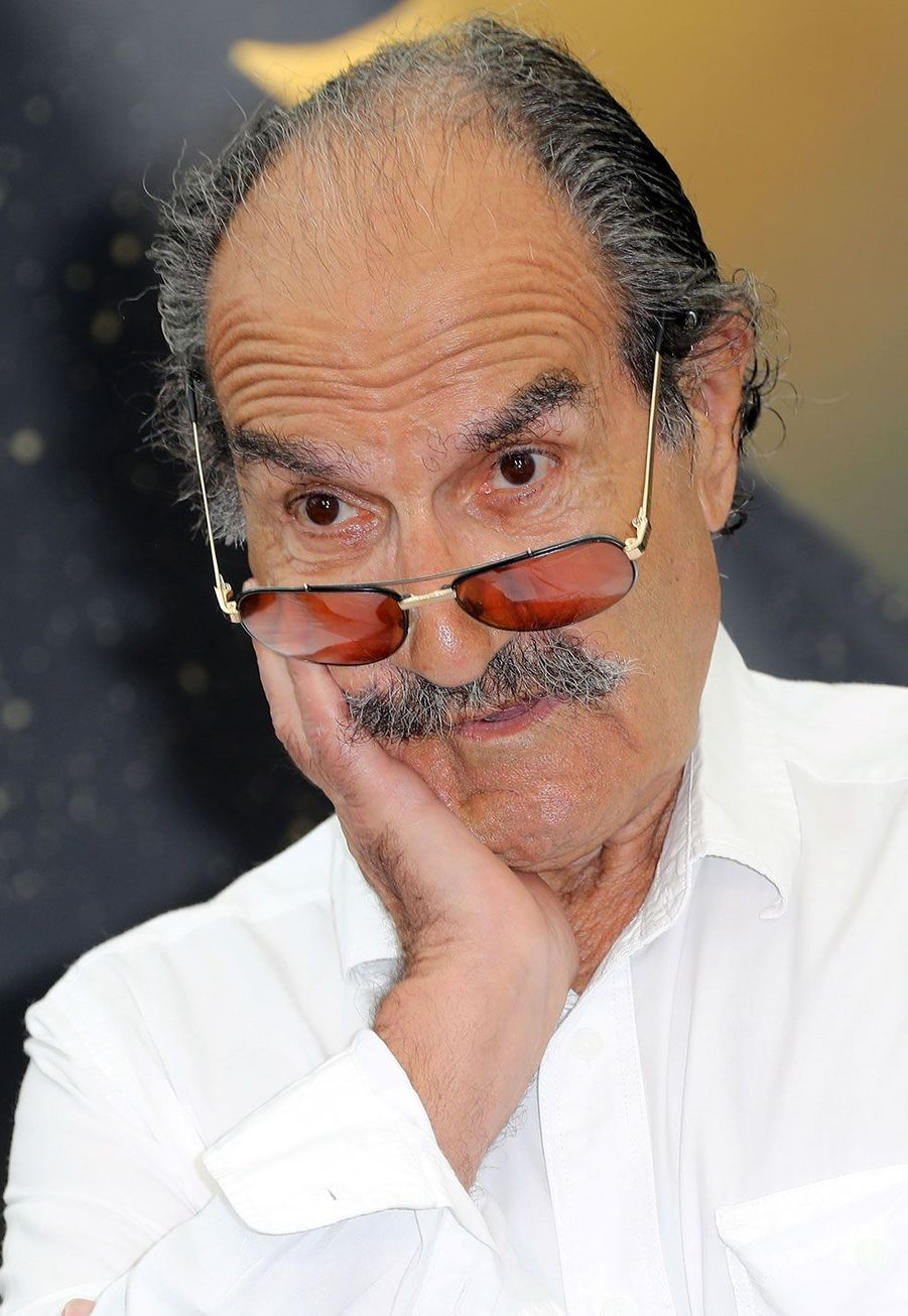 Gérard Hernandez est né à Valladolid, en Espagne. Il a été naturalisé en 1975.