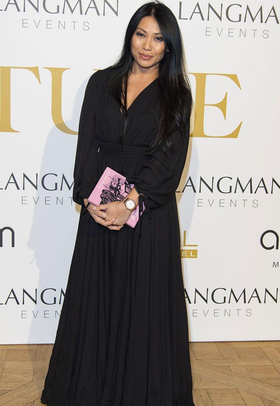 Anggun est née à Jakarta, en Indonésie. Elle a été naturalisée française en 2000