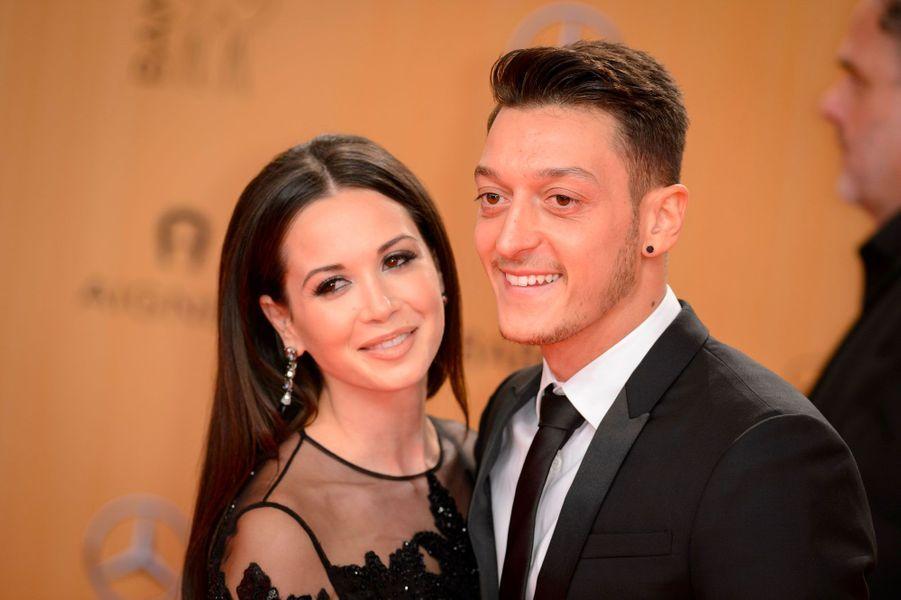 Mandy Capristo, la compagne de Mesut Özil