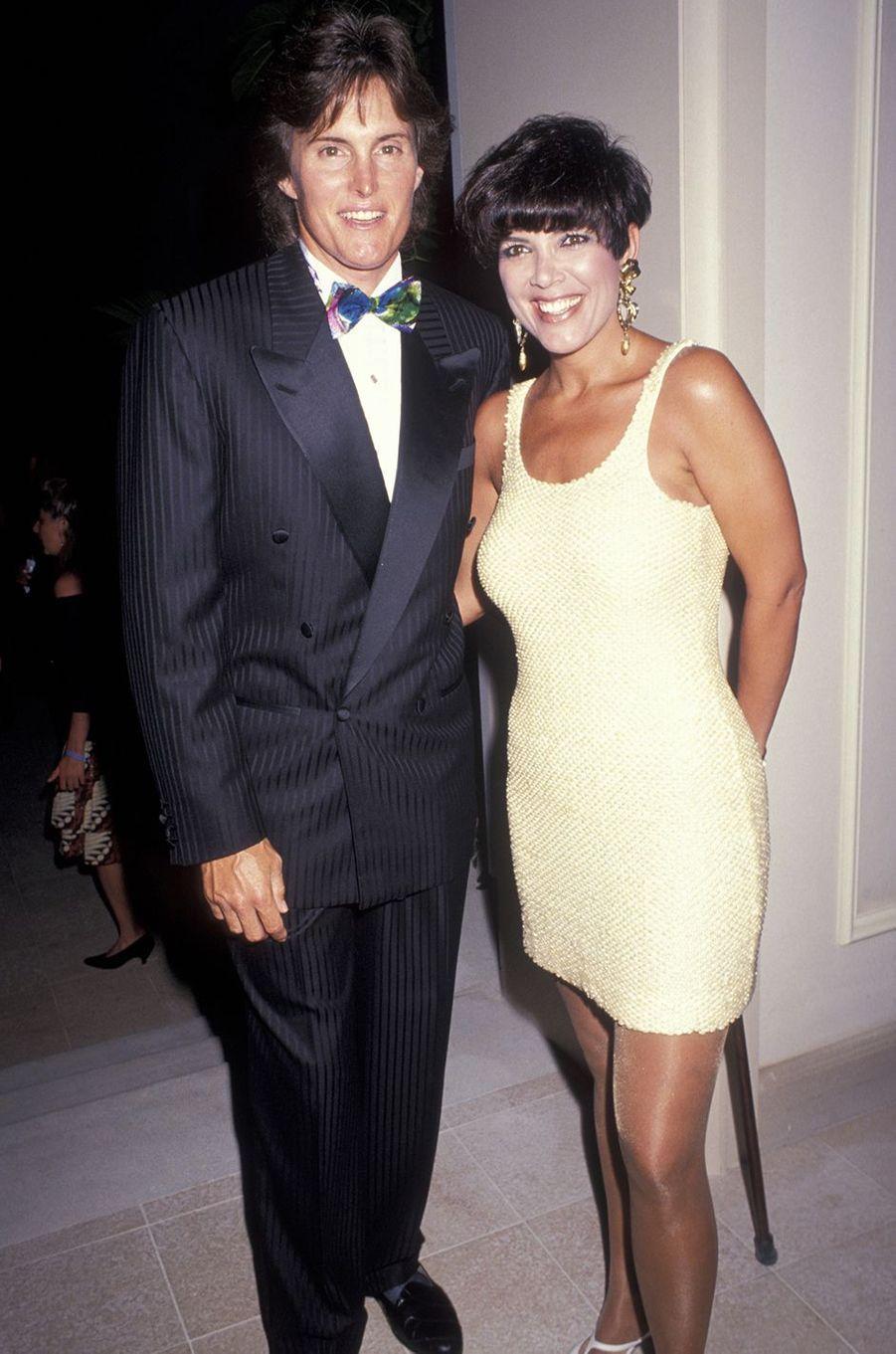 Bruce et Kris Jenner lors d'une soirée à Hawaï en mai 1991