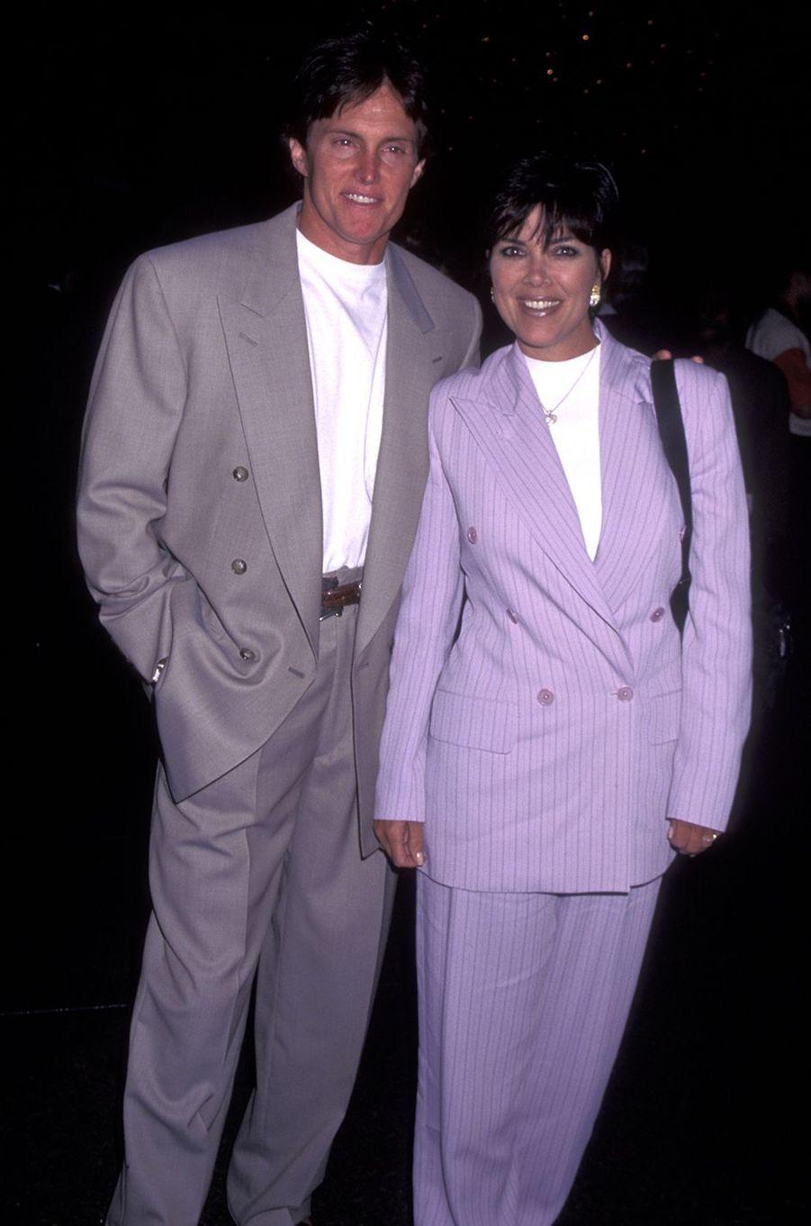 Bruce et Kris Jenner à la première du film «La Couleur du baseball» à Los Angeles en avril 1996