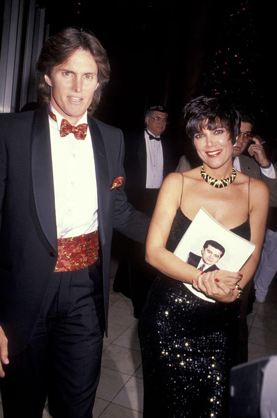 Bruce et Kris Jenner lors d'une soirée de récompenses à Los Angeles en 1990