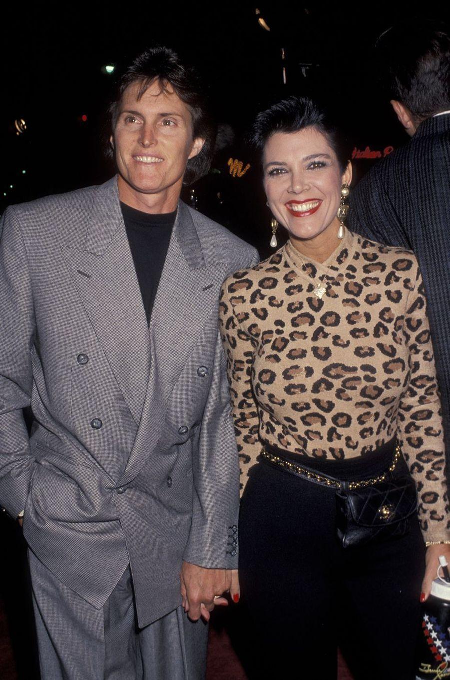 Bruce et Kris Jenner à la première du film «JFK» à Los Angeles en décembre 1991