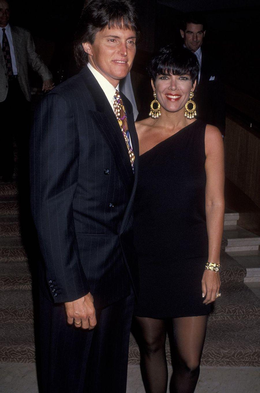 Bruce et Kris Jenner lors d'une soirée à Palm Springs en mars 1993