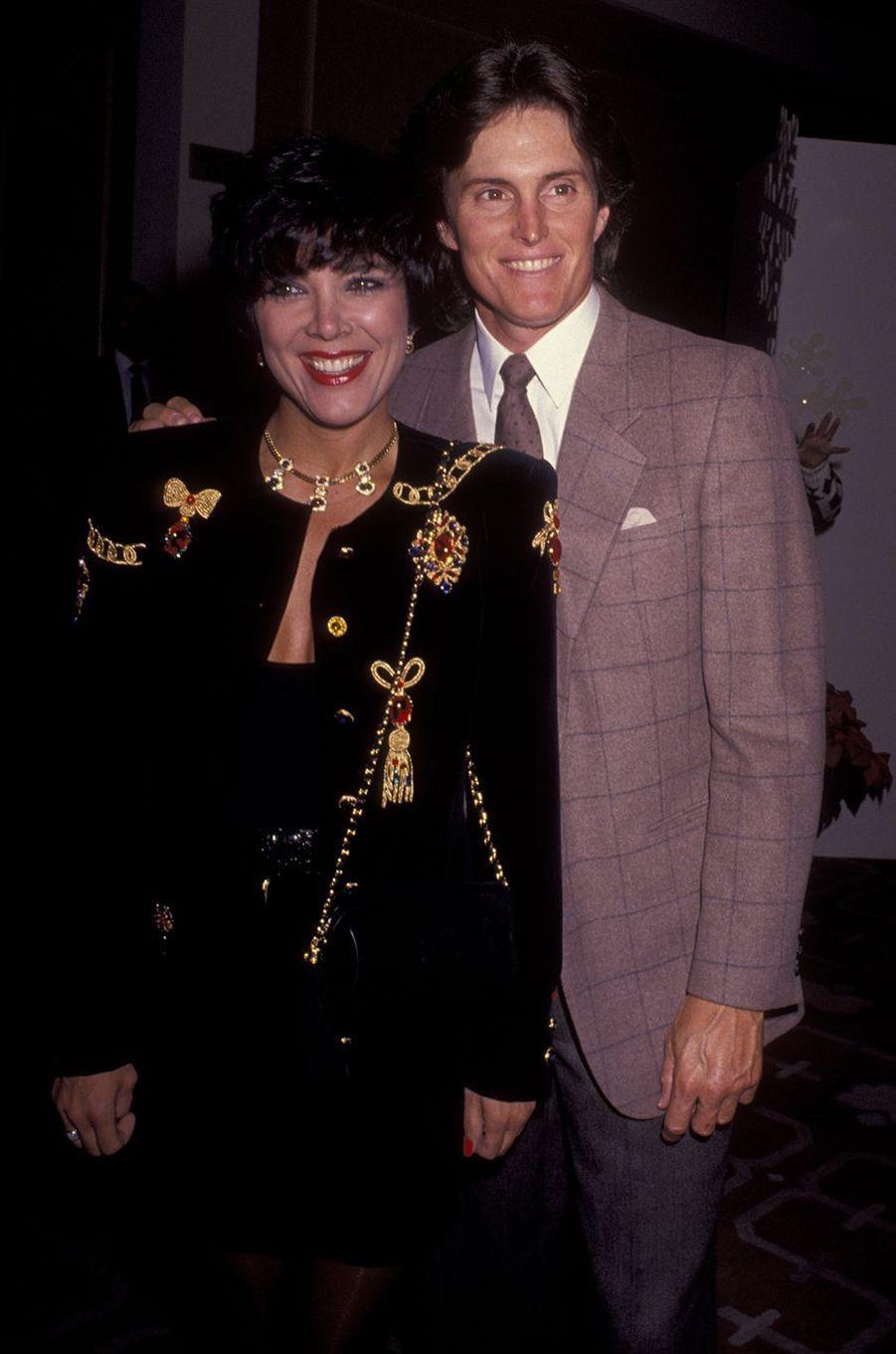 Kris et Bruce Jenner lors d'un gala à Los Angeles en décembre 1990