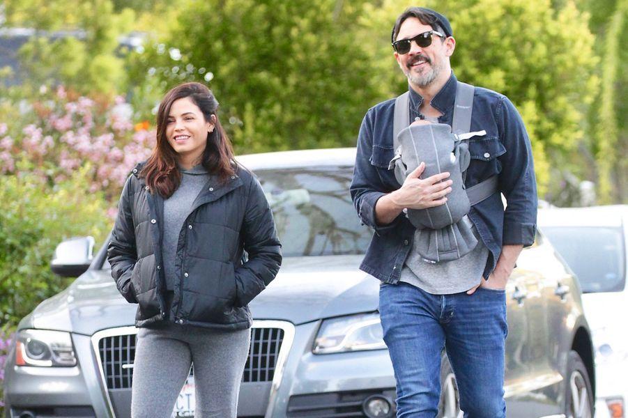 Jenna Dewan et Steve Kazee ont annoncé leurs fiançailles en février 2020. Le couple se fréquente depuis 2018 et a eu un fils, Callum, né en mars 2020.