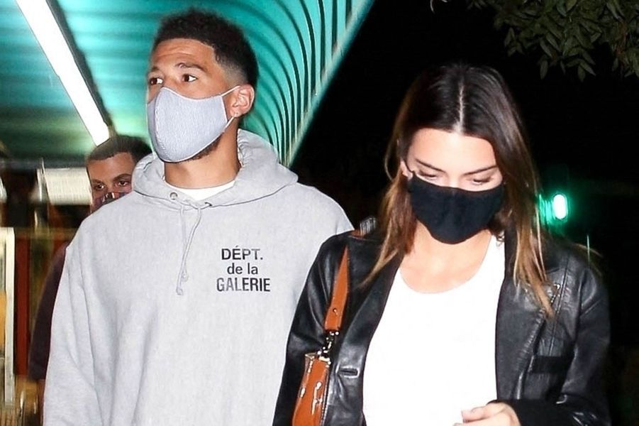 Kendall Jenner est tombée dans les filets du basketteur Devin Booker au printemps 2020