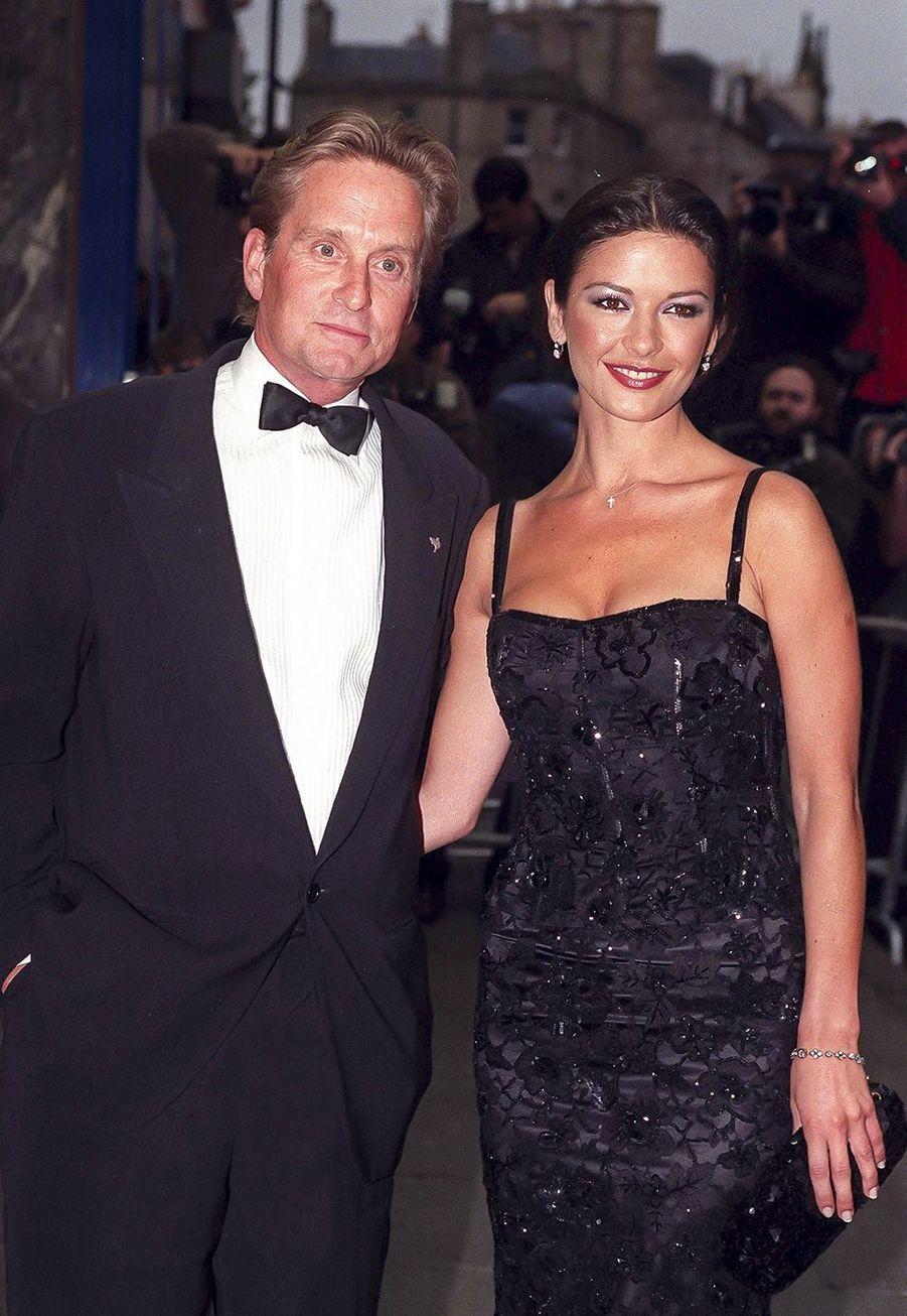 Michael Douglas et Catherine Zeta-Jones en juin 1999