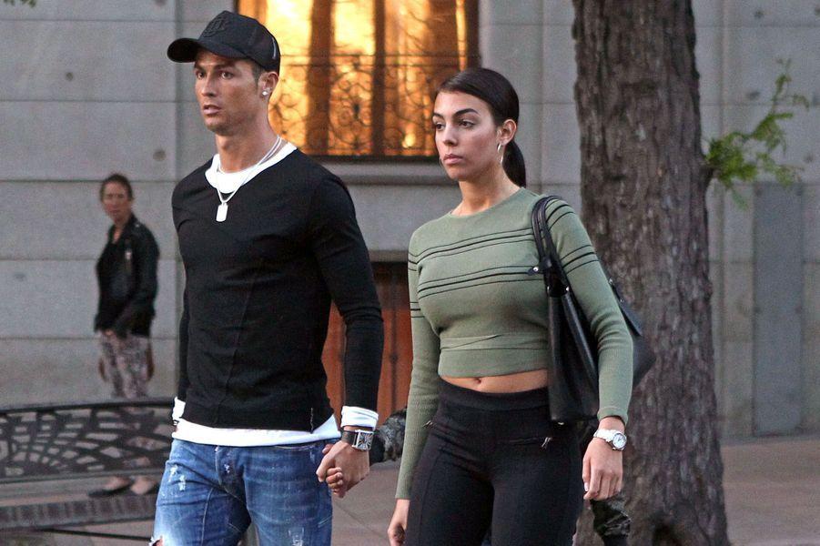 Cristiano Ronaldo et Georgina Rodriguez à Madrid, le 20 avril 2017.