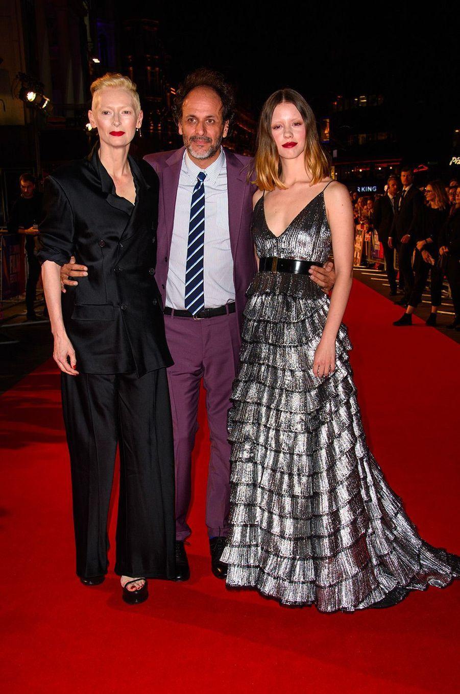 "Mia Goth, Tilda Swinton et Luca Guadagnino à l'avant-première de ""Suspiria"" à Londres, mardi 16 octobre"