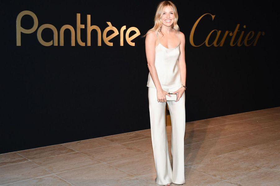 Sienna Miller à la soirée Panthère de Cartier.