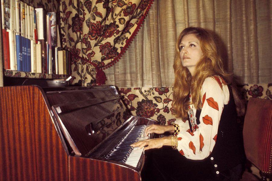 Dalida en 1975