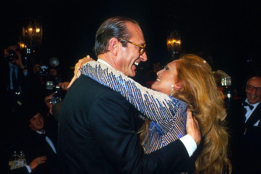 Dalida avec Jacques Chirac en 1983