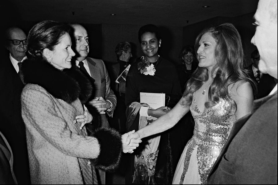 Dalida avec Anemone Giscard D'Estaing en 1977