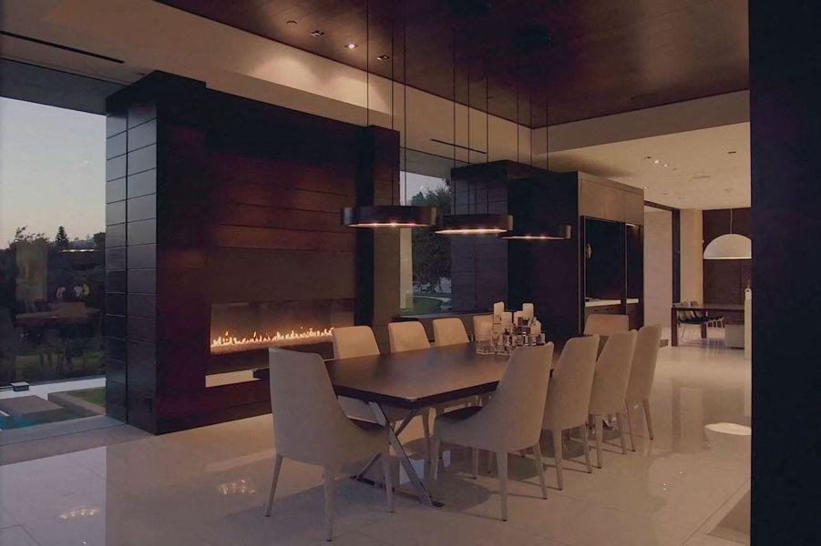 Victoria et David Beckham louent régulièrement cette villa de Beverly Hills, actuellement sur le marché immobilier pour 37 millions de dollars