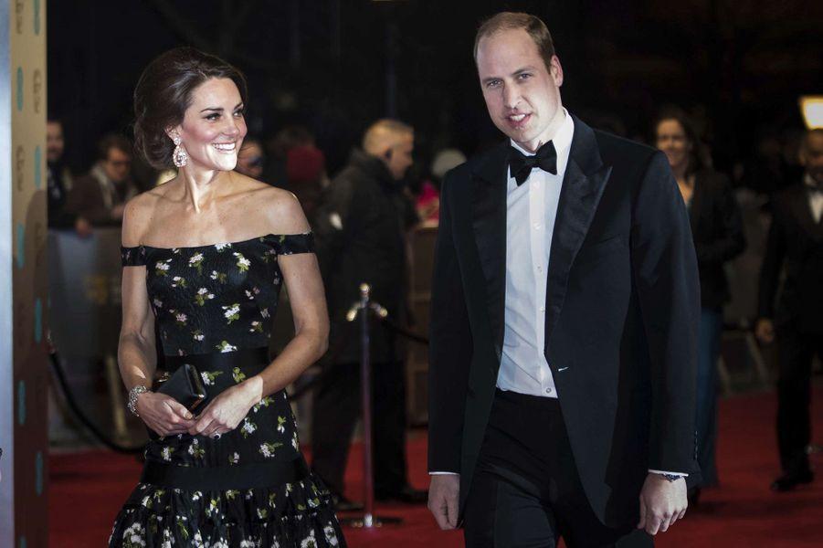 Le prince et la princesse de Cambridgesur le tapis rouge des BAFTA 2017, le dimanche 12 février 2017.