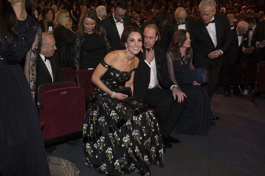 Kate et William s'installent pour assister à la cérémonie des BAFTA 2017.