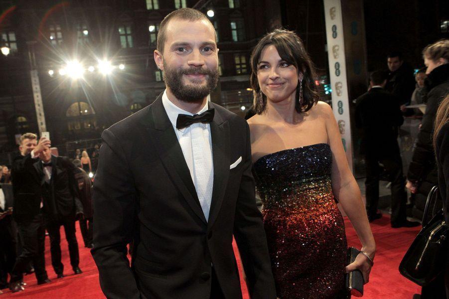 Jamie Dornan et son épouse Amelia Warnersur le tapis rouge des BAFTA 2017, le dimanche 12 février 2017.