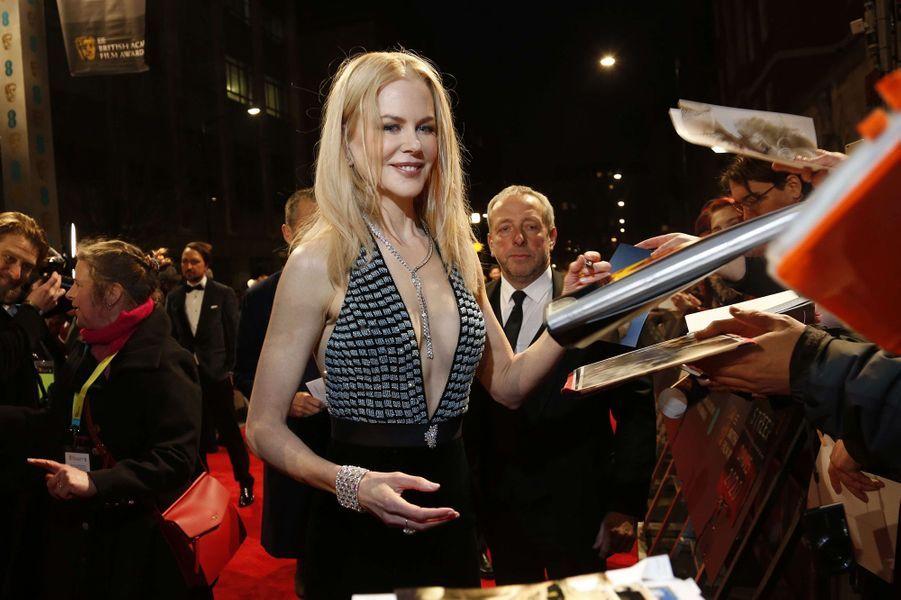 Nicole Kidmansur le tapis rouge des BAFTA 2017, le dimanche 12 février 2017.