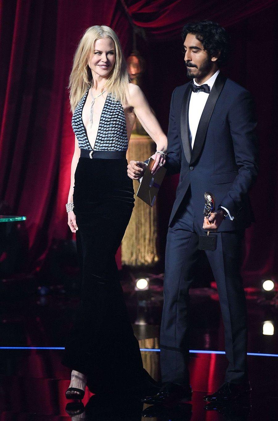 Nicole Kidman et Dev Patel lors de la cérémonie des BAFTA 2017.