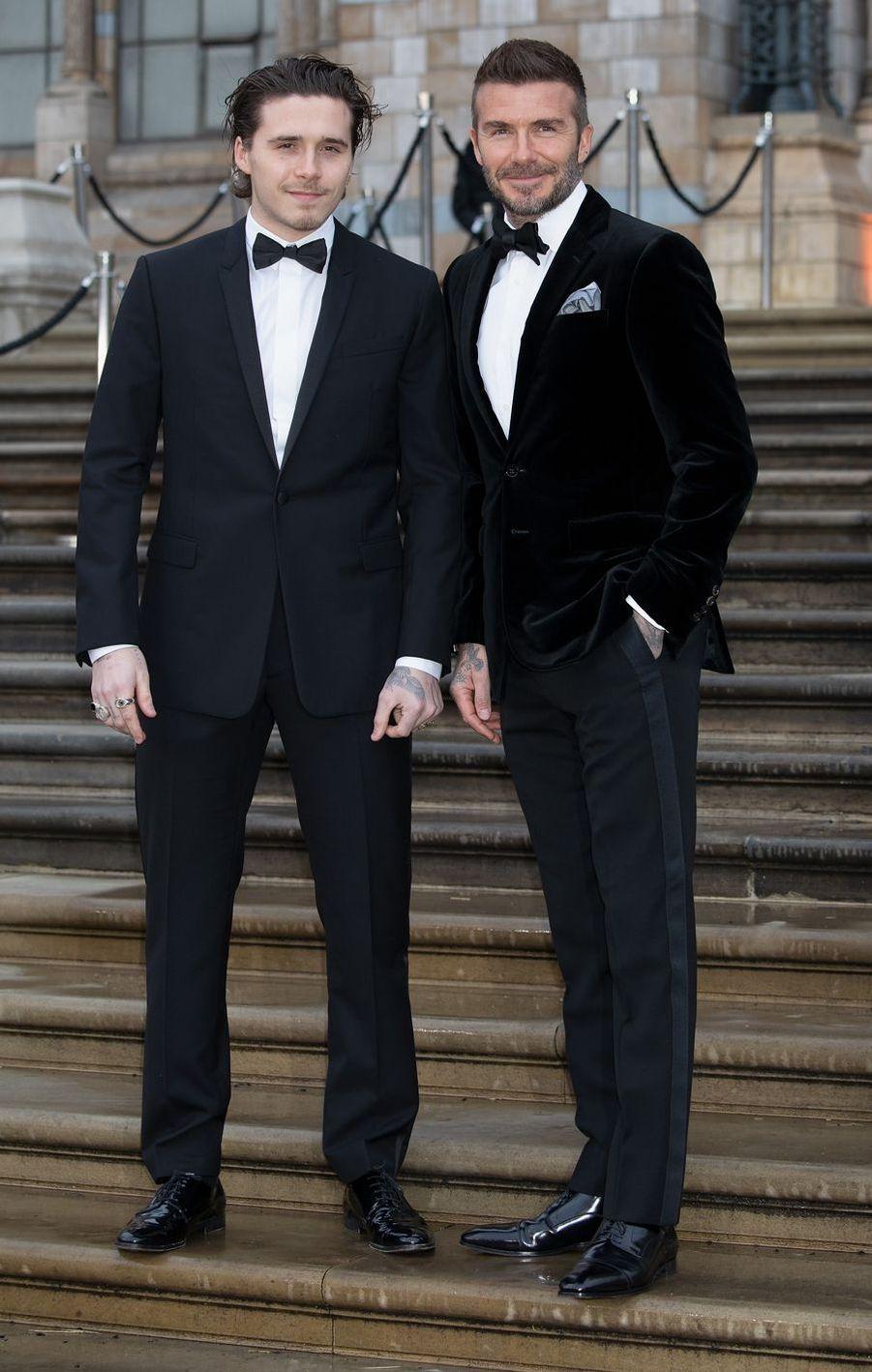 David Beckham et son fils Brooklyn à Londres, le 4 avril 2019