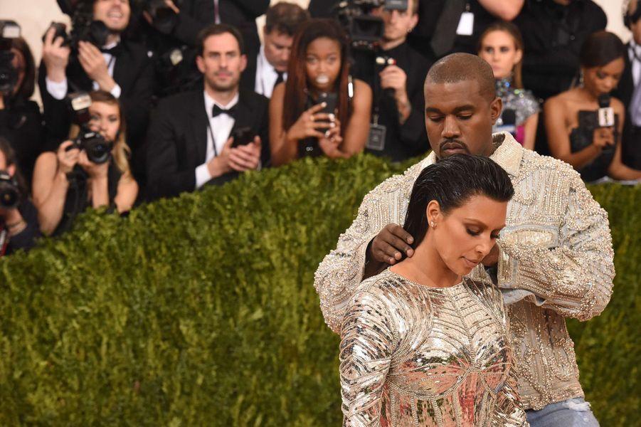 Kim Kardashian et Kanye West au Met Gala 2016.