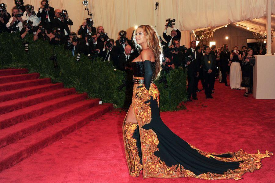 Beyoncéau Met Gala 2013.