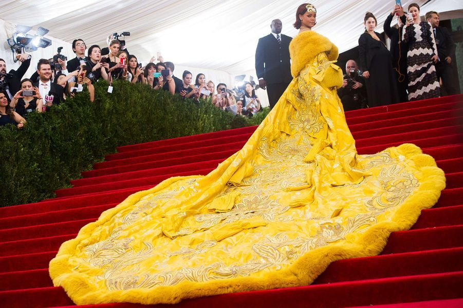 Rihannaau Met Gala 2015.