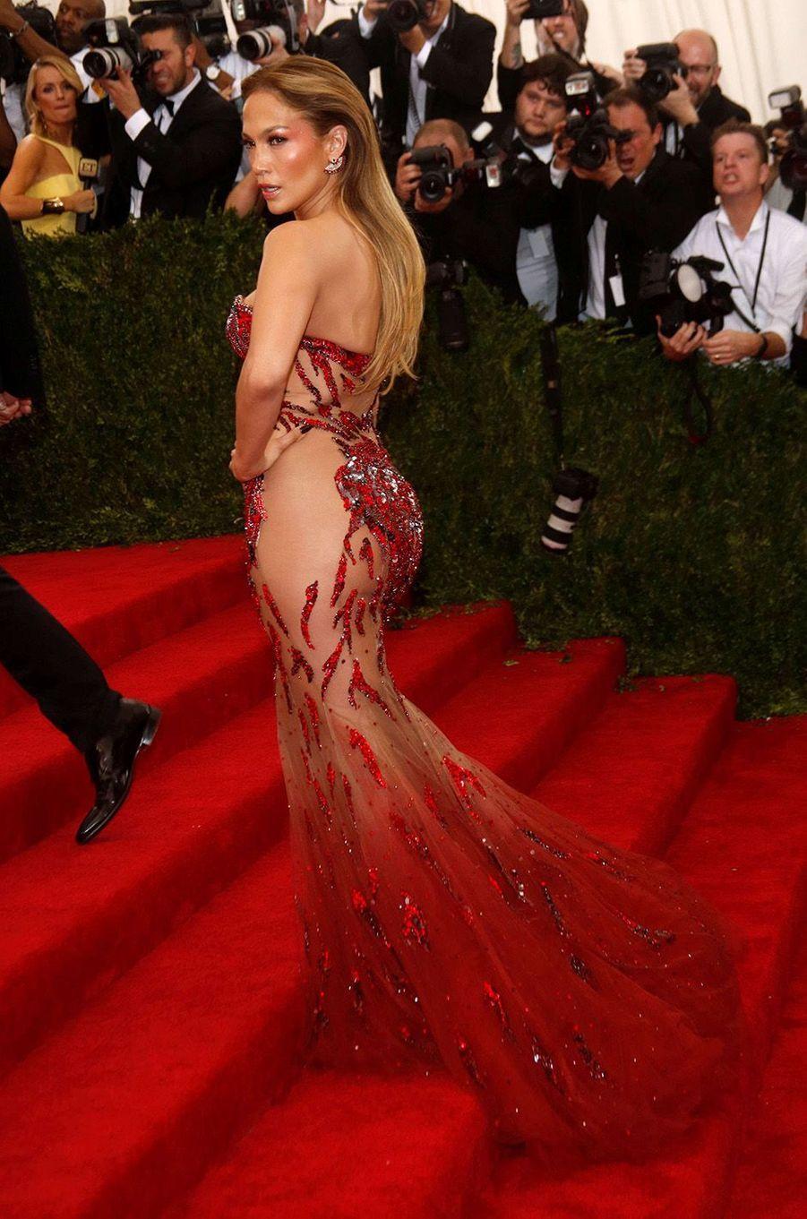 Jennifer Lopezau Met Gala 2015.