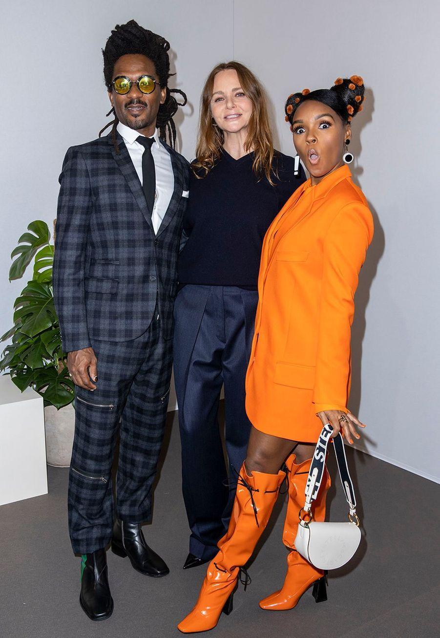 Nate Wonder, Stella McCartney et Janelle Monaeau défilé Stella McCartney collection prêt-à-porter Automne/Hiver 2020-2021 à l'Opéra Garnier, le 2 mars 2020.
