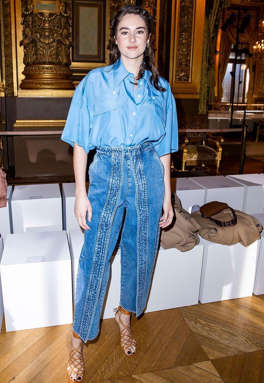 Shailene Woodleyau défilé Stella McCartney collection prêt-à-porter Automne/Hiver 2020-2021 à l'Opéra Garnier, le 2 mars 2020.