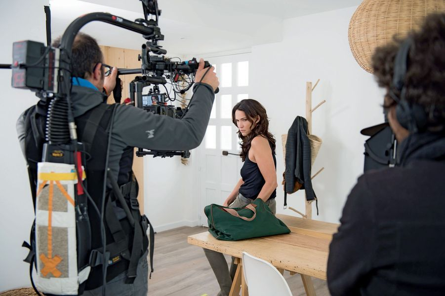 Linda Hardy (Clémentine Doucet), prof d'EPS, saison 1, épisode 239
