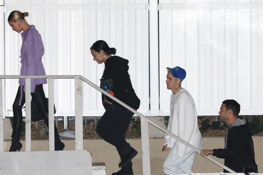 Hailey Baldwin, Demi Lovato, Justin Bieber et Scooter Braun, à Los Angeles le 18 décembre 2019