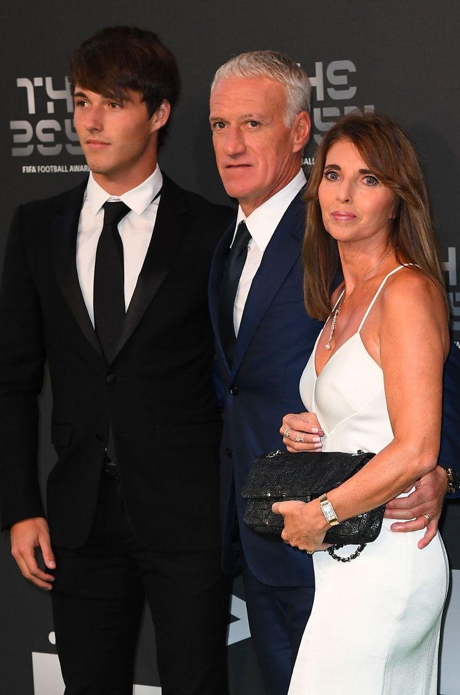Didier Deschamps avec sa femme Claude et son fils Dylan