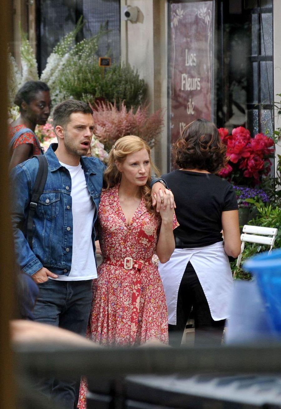 Sebastian Stan et Jessica Chastain sur le tournage du film «355» à Paris le 11 juillet 2019