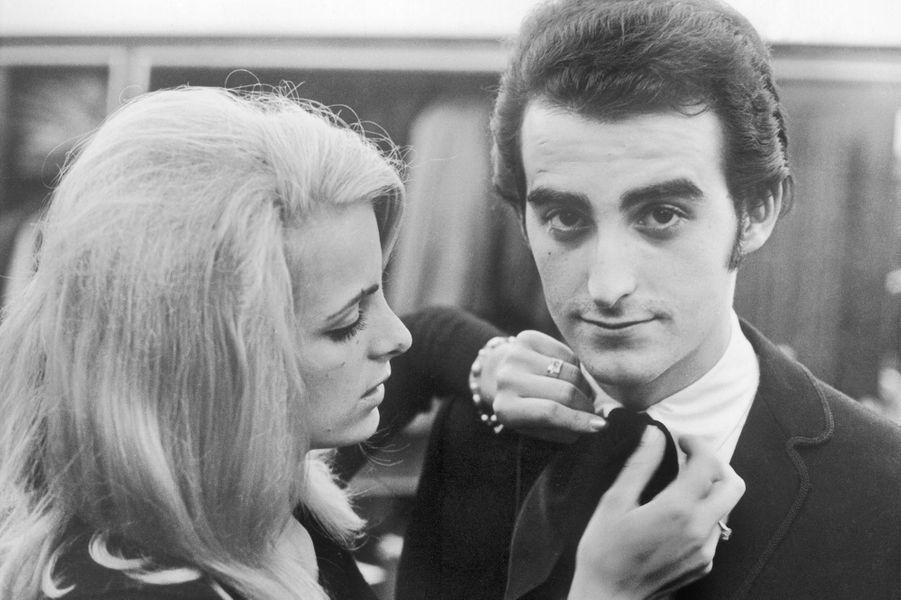 Dick Rivers avec sa première épouse Micheline le jour de leur mariage à Saint-Cloud en avril 1965
