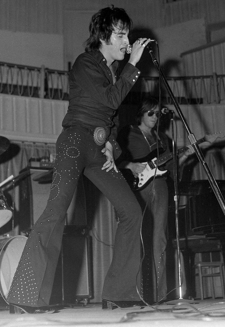 Dick Rivers lors d'un concert à Lyon en 1972
