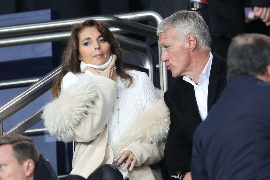 Didier Deschamps etsa femme Claudedans les tribunes du parc des Princes, le 6 mars 2019