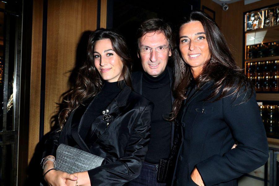 Pietro Beccari, P-DG de Christian Dior Couture, avec Elisabetta et leur fille Constance.